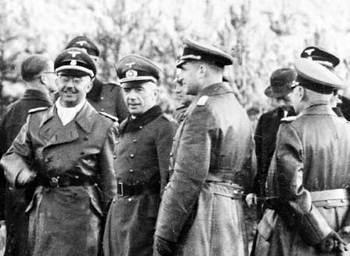 HimmlerAndDornbergerPeenemunde.jpg
