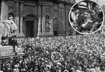 Hitler celebrating WWI.jpg