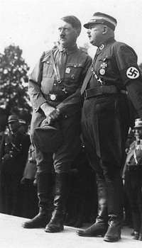 Hitler und Röhm.jpg