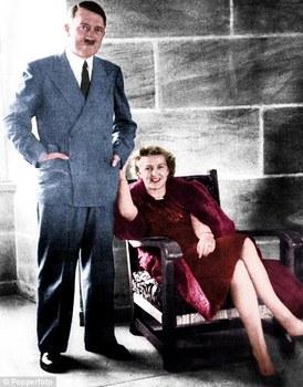 Hitler with Eva Braun.jpg