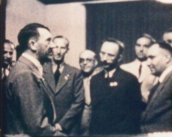 Hitler_Heydrich_Morel_Himmler_Bormann.jpg