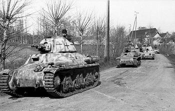 Hotchkiss, Fra_Bel 1944.jpg