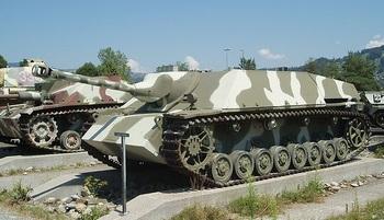 Jagdpanzer IV Panzermuseum Thun.jpg