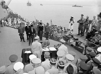 Japanese surrender.jpg