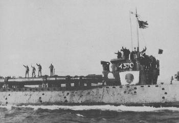 Japanese_submarine_Kaiten.jpg