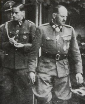 Jochen_Peiper_HStuF_und_Sepp_Dietrich_1940-1942.jpg