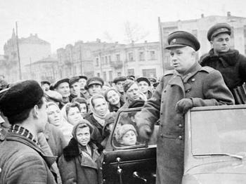 Khrushchev 1943.jpg