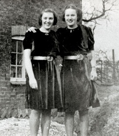 Lorna (left) and Edna Ellison, friends of Josef Gabčík and Jan Kubiš.jpg
