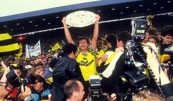 Meisterschale 1995 Dortmund_Möller.jpg