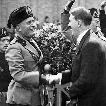 Mussolini-Hitler_1934.jpg