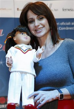 Nadia Comăneci _and_doll.jpg