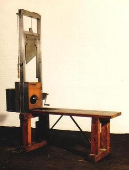 Nazi guillotine.jpg