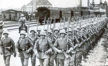 Nazi troops.jpg