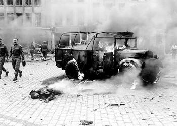 November 27, 1944. Antwerp. A V2 fell here..jpg
