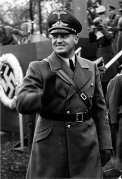 Polen,_Krakau,_Polizeiparade,_Hans_Frank.jpg