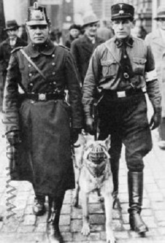 Polizei and SS-Mann patrol in Berlin 1933.jpg