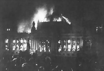 Reichstagsbrand am 27.02.1933.jpg