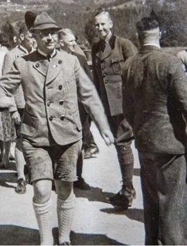Reinhard Heydrich Heinrich Himmler.jpg