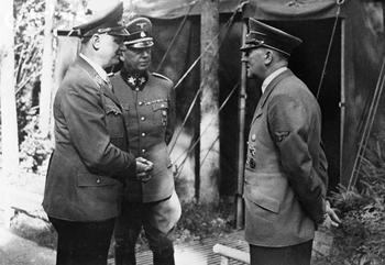 Rosenberg, Lammers, and Hitler at FHQ Wolfsschanze.JPG