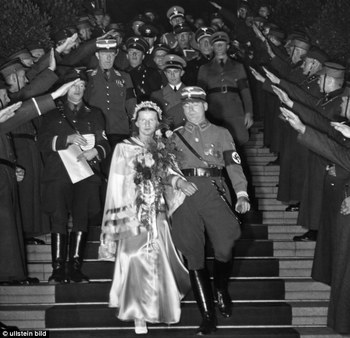 Standartenfuehrer Richard Fiedler during his wedding ceremony with Ursula Flamm in 1936.jpg