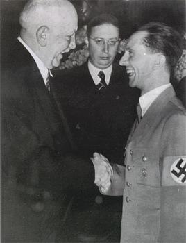 Strauss_Drewes_Goebbels.jpg