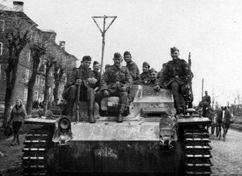 Sturmgeschutz_III_StuG_III_assault_gun_3.jpg