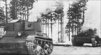 Talvisota_Soviet T-26 light tanks in action at Tolvajärvi.png
