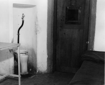 The cell where Robert Ley hanged himself.jpg