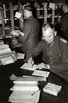 The_register_of_registered_letters__1940.jpg
