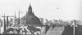 V1 London WWII.jpg