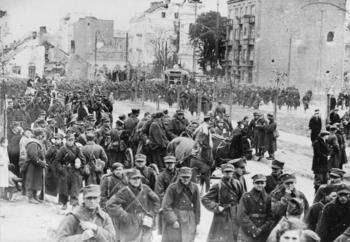 Warsaw_1939_Polish_POWs.jpg