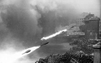 Wurfgerät 42 Nebelwerfer. Warsaw. August-September 1944.jpg