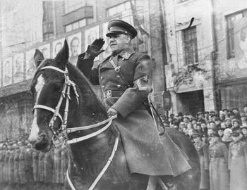 Zhukov berlin 1945.jpg