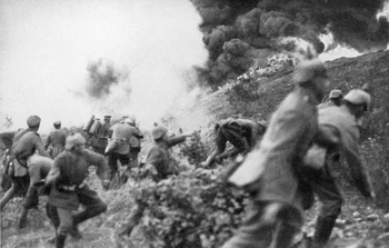 german-infantry-attacking-at-the-battle-of-verdun-15th-of-march-1916.jpg