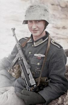 german soldier mp40.jpg