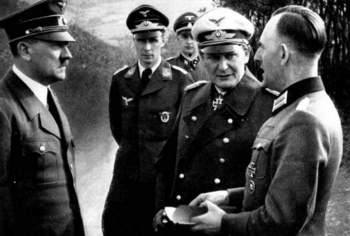 hitler_below_Goring_Rudolf Schmundt.jpg