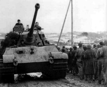 king-tiger-heavy-tank.jpg