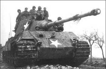 schwere Panzer Abteilung 506 TigerⅡ by American troops.jpg