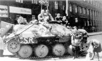 uprising in Prague_Hetzer.jpg